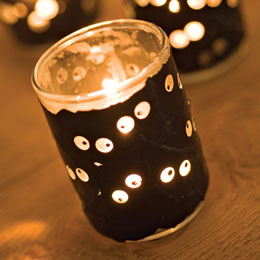 Halloween Craft Ideas Pictures on Halloween Candle Craft Ideas    Candle Making   Craftgossip Com